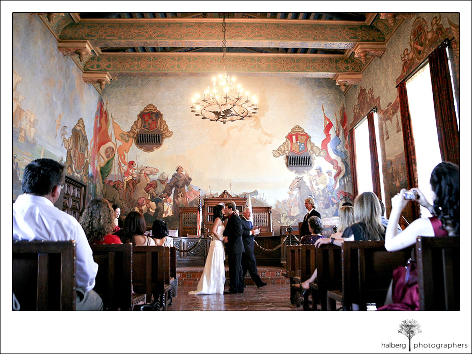 7 Tips For Planning A Small Courthouse Wedding: Kandace's Blog: If You Want A Vintage Wedding Cake You