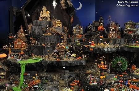 PhotoJournalism Bronners Halloween section