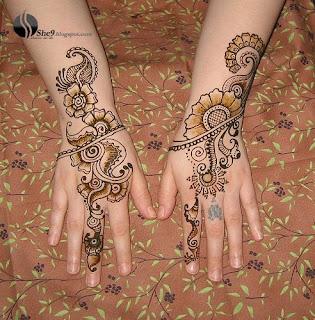 Rounded Mahndi Design