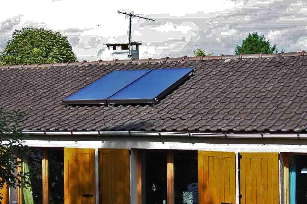 panneaux solaires thermiques partager l 39 exp rience agoravox le m dia citoyen. Black Bedroom Furniture Sets. Home Design Ideas