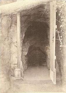 Entrada de la gruta a principios del S. XX.