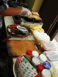 Ada Pilihan Roti Tawar Dan Roti Bakar Roti Tawarnya Ada Pilihan Yang Tawar Putih Gandum Dan Gandum Havermut Tara Roti Bakarnya Ada Pilihan Manis