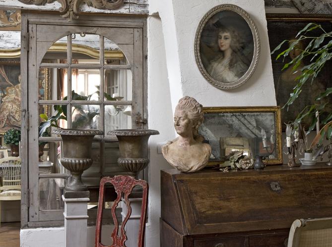 une antique maison de provence cottagestyleblogs. Black Bedroom Furniture Sets. Home Design Ideas