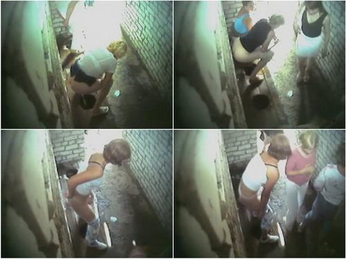 скрытая камера в разных женских туалетах много роликов смотреть онлайн была