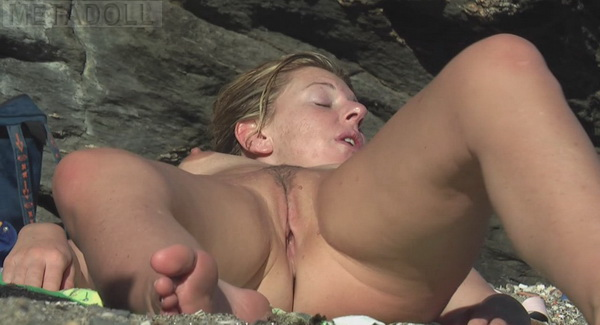 Chubby opened pussy holes