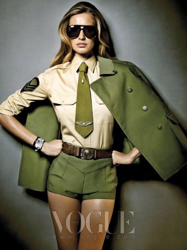 91dff6bcda287 Estilo moderno, forte, casual, despojado e sexy, adjetivos que nós garotas  procuramos com freqüência nas nossas roupas hoje em dia.