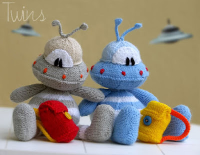 knitted alien, knitted toy