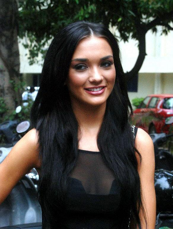 Amy Jackson Miss Teen World 2009: The Funtoosh Page....Have FunBath !!!: Amy Jackson New