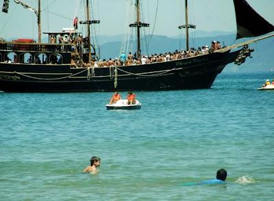 barco pirata canasvieiras