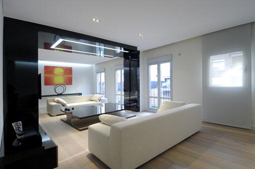 Interiorismo de pisos en madrid por a cero casa minimalista for Casa minimalista 3 pisos