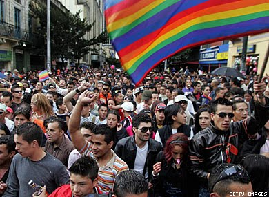 Bogota Gay 13