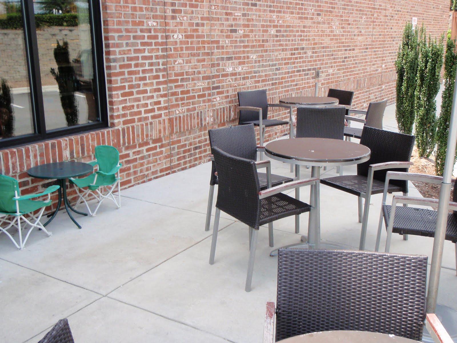 Starbucks at New Hope Commons