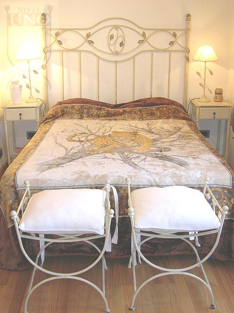 Pon linda tu casa camas de hierro forjado - Camas antiguas de hierro ...