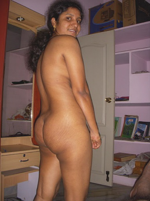 Nude pics of tamil housewives