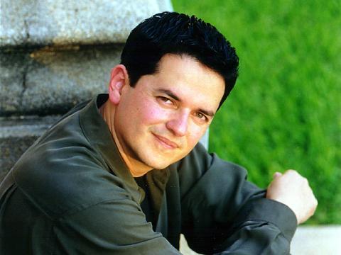 Danilo Montero - Formando el Caracter de Dios en Nuestras