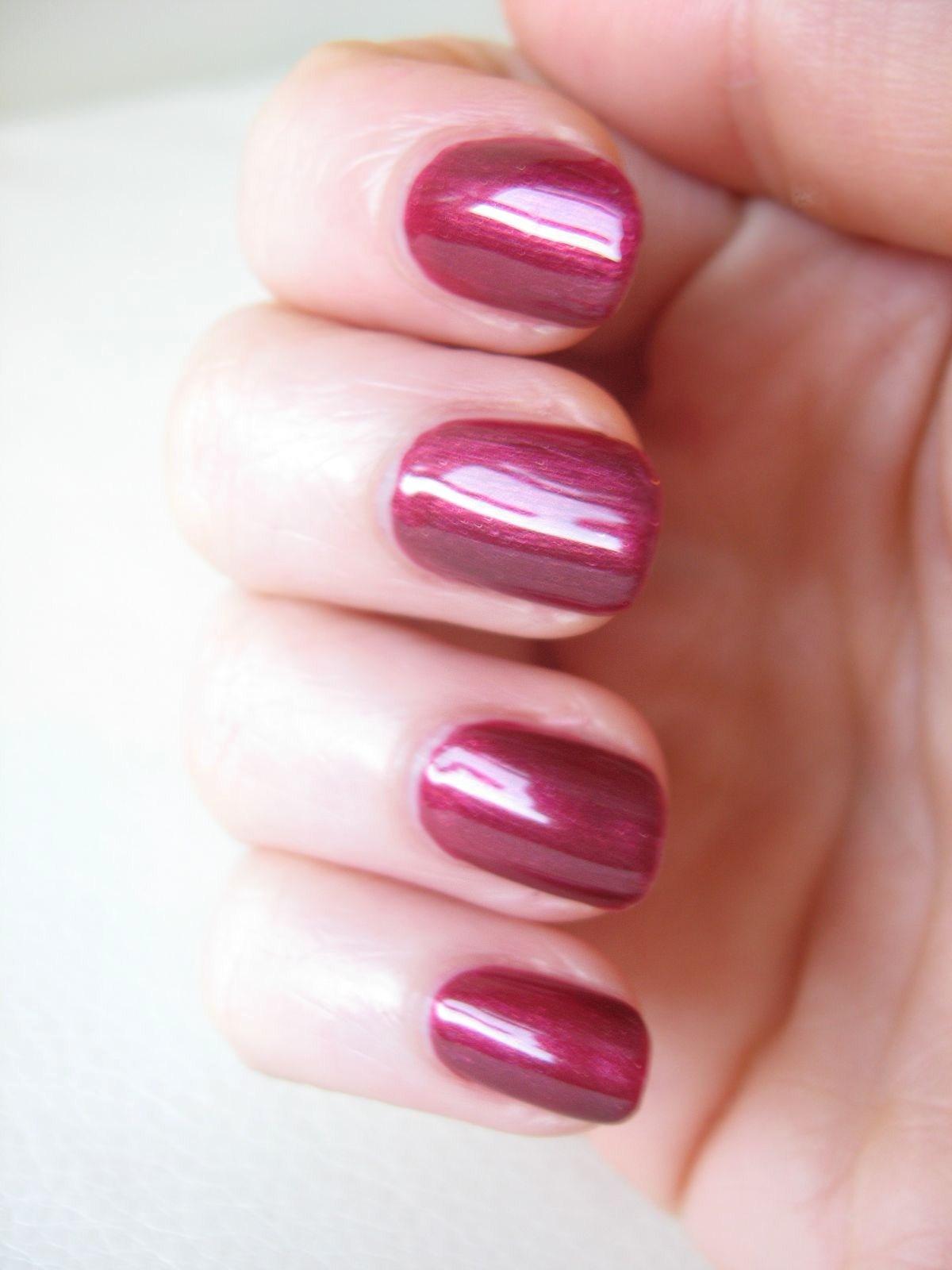 How to perfectly apply Nail Polish | Makeup Savvy - makeup and ...