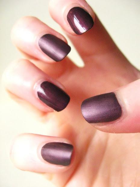 perfectly apply nail polish