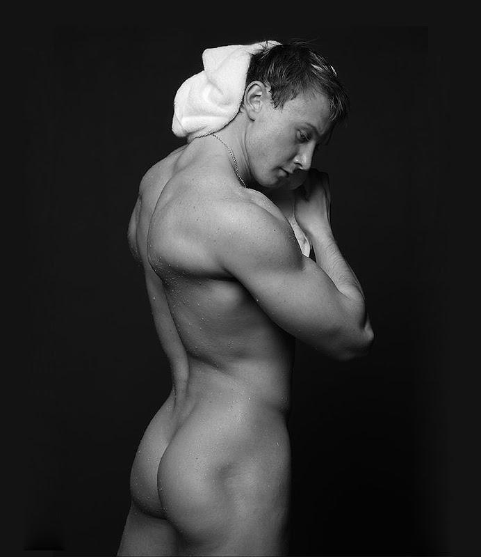 Сексуальные мужские попки фото