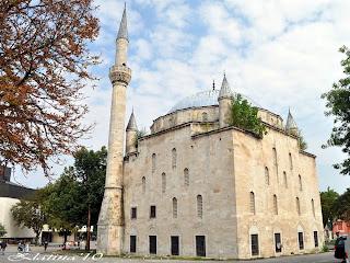 """джамията """"Магбул Ибрахим паша"""" в Разград"""
