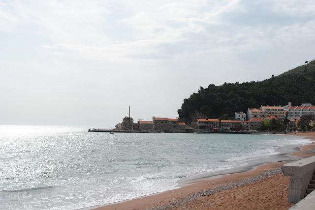 Петровац. Пляж