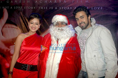 Ganesh Acharya, Turns Santa to Promote,Entertainment
