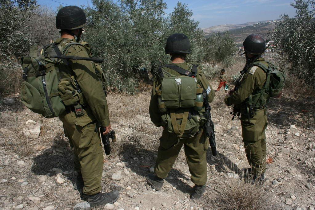 Sujandri Blog Foto kekejaman tentara israel terhadap anak