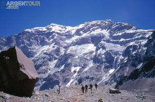 Aconcagua (6.959 m) (Amerika Selatan)