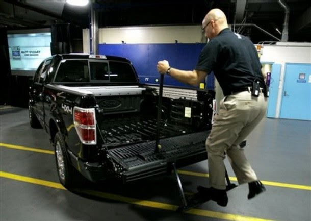 MyFordDreams: Chevy ads making fun of F-150's tailgate ...