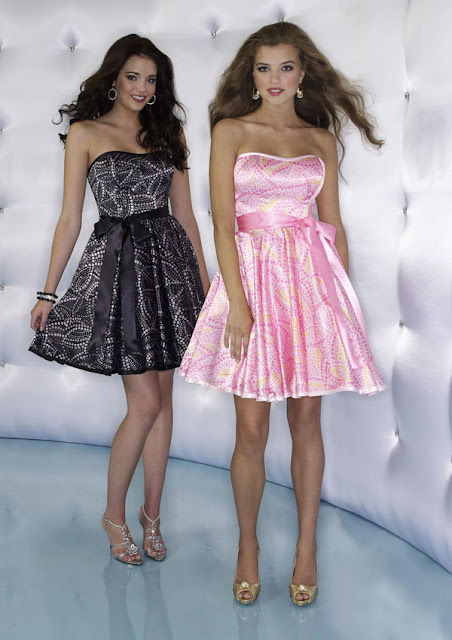 f32f68655638e vakko marka yeni sezon mini ve straplez gece elbise modelleri,trend marka  vakkonun en şık ve modern mini gece elbise modelleri