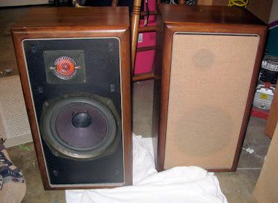 hifi collector speakers the advent loudspeaker. Black Bedroom Furniture Sets. Home Design Ideas