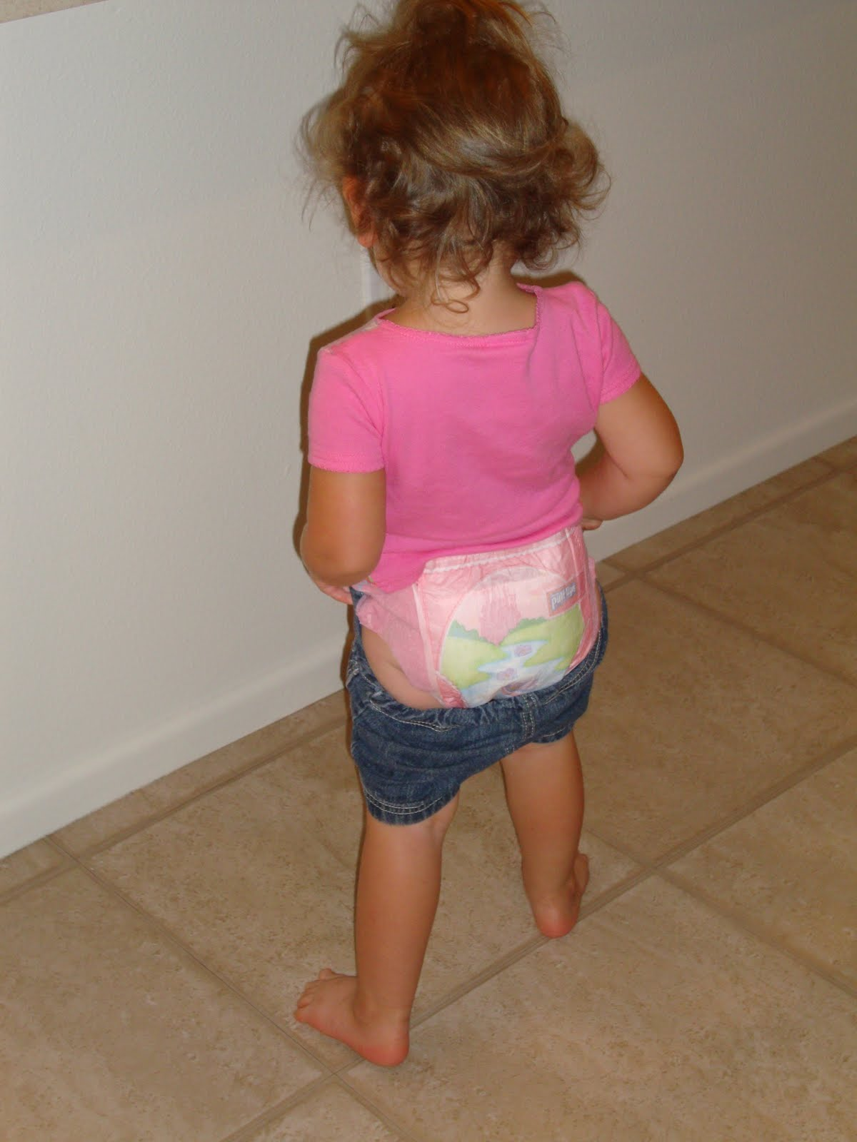 Up pooping girls diaper pull