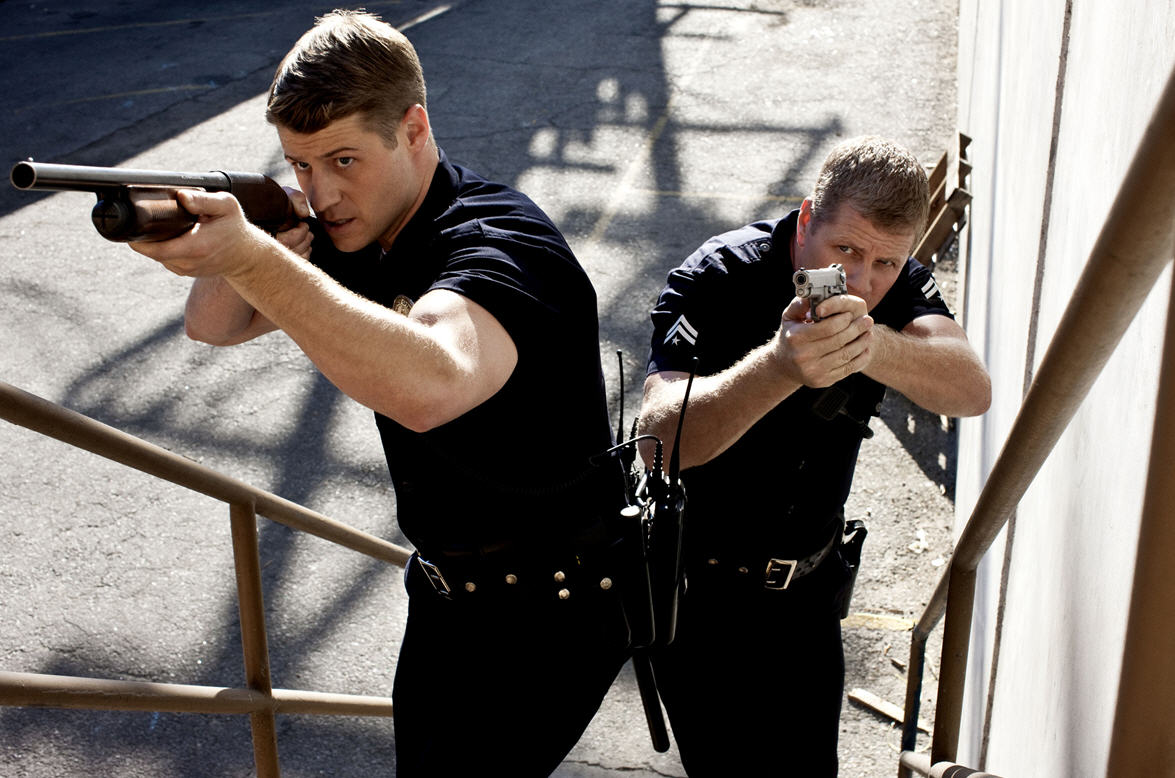 I Like To Watch Tv Southland Michael Cudlitz Ben
