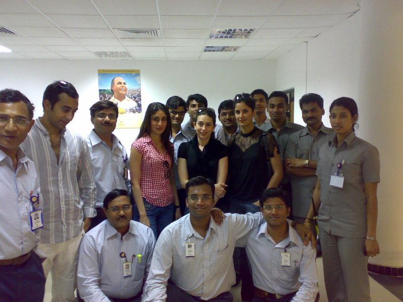 Hbtkollywood Shahrukh, Kareena, Katrina, Juhi, Karishma -2272