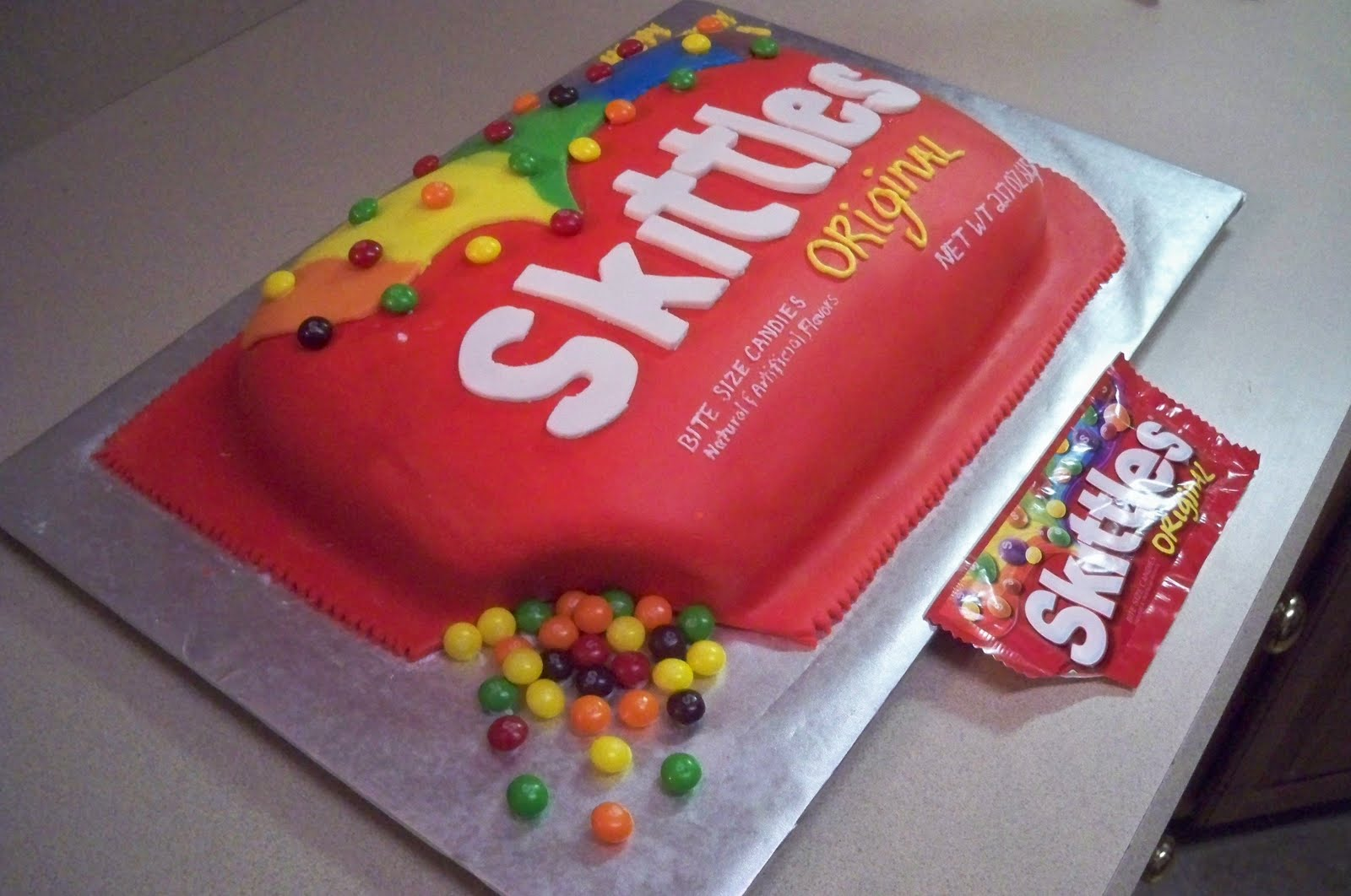 Quot Grace Of Cakes Quot Skittles Cake
