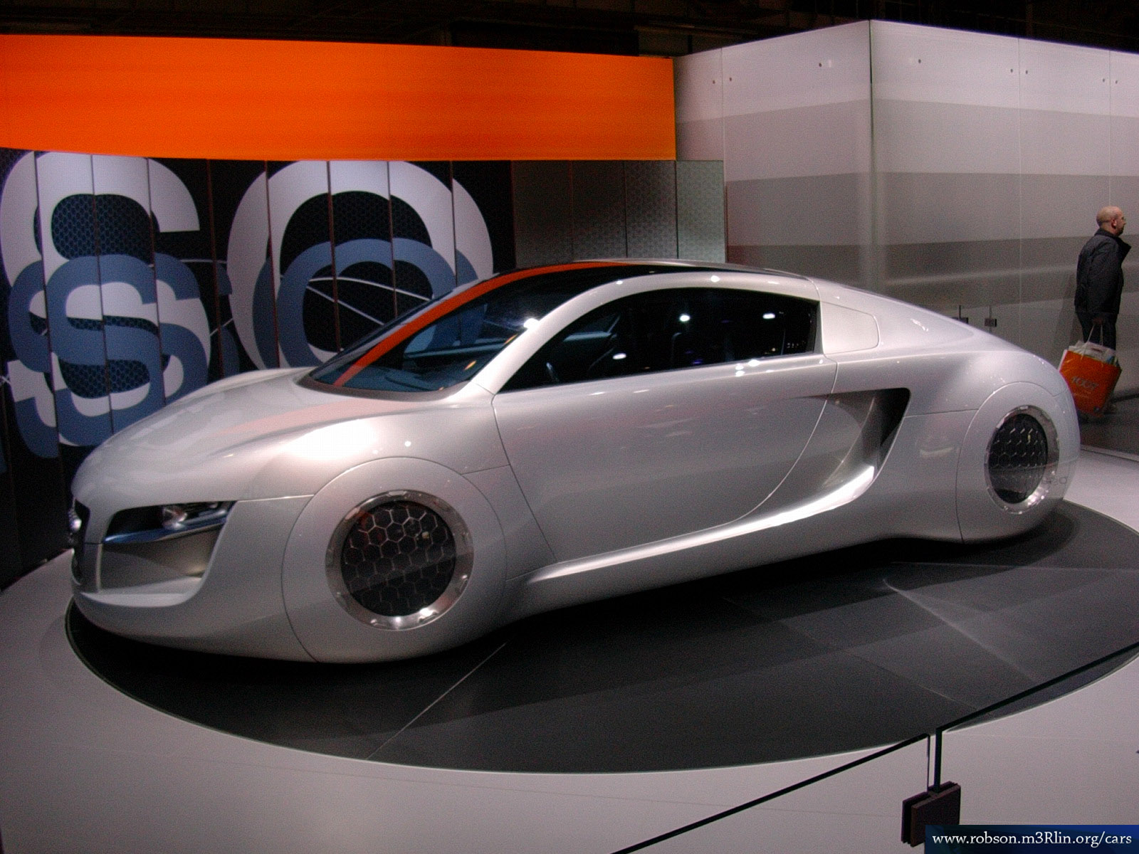Changing World And Internet Marketing: Future Cars