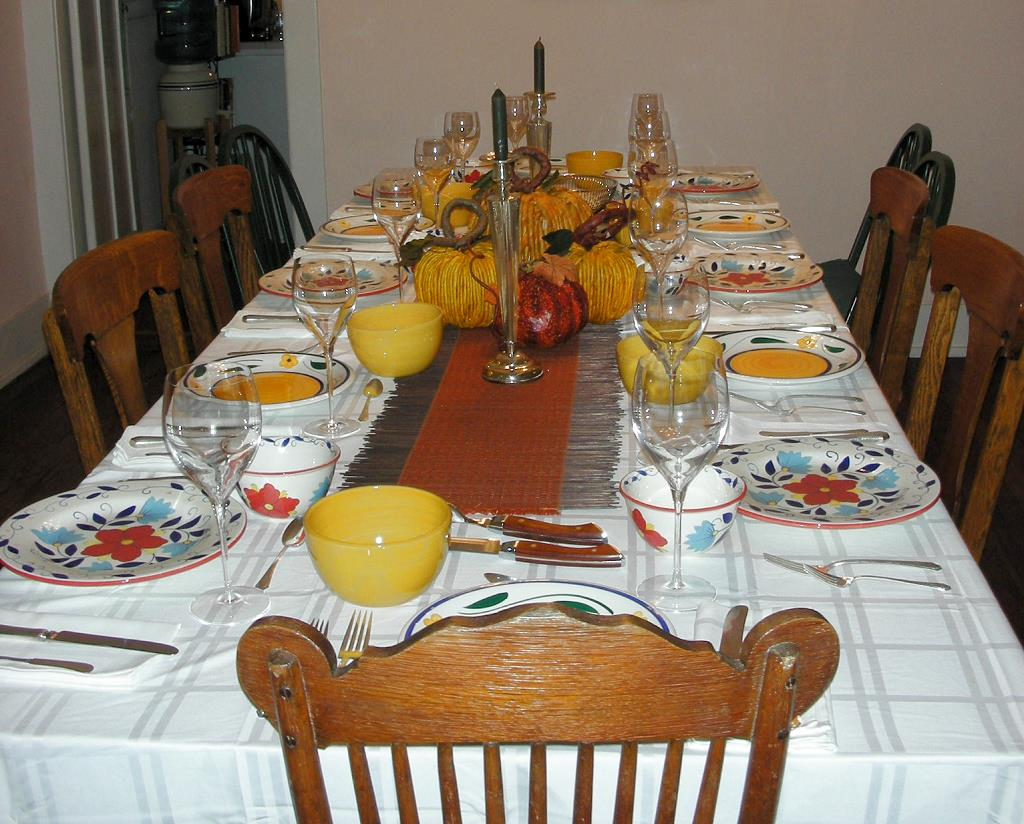 clipart thanksgiving table - photo #40