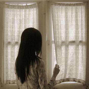 نتيجة بحث الصور عن تسلل النور من النافذة