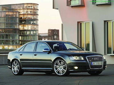 Audi S8 Standard Resolution wallpaper 9