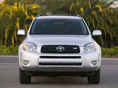 Toyota RAV4 Standard Resolution Wallpaper 5