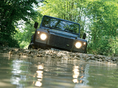 Land Rover Defender Standard Resolution Wallpaper 4