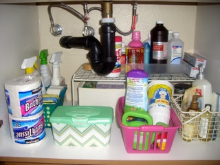 10 Minutes under the Bathroom Sink - Space for Living