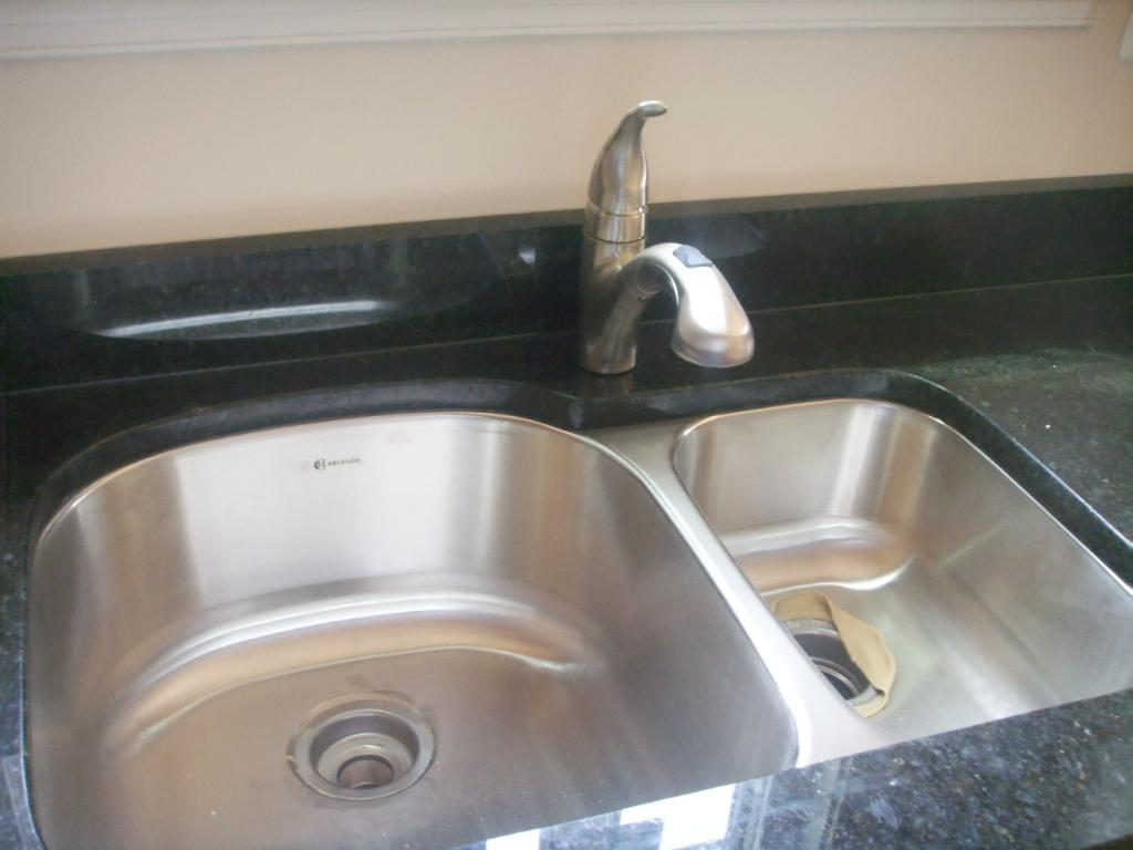 cleaning kitchen sink with baking soda kitchen cleaning baking soda and vinegar 9421