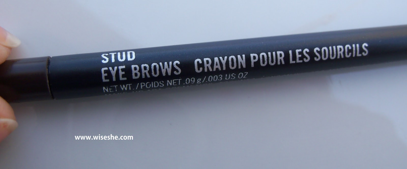 Shaping Eyebrows With Mac Stud Eyebrows Crayon Pour Les Sourcils
