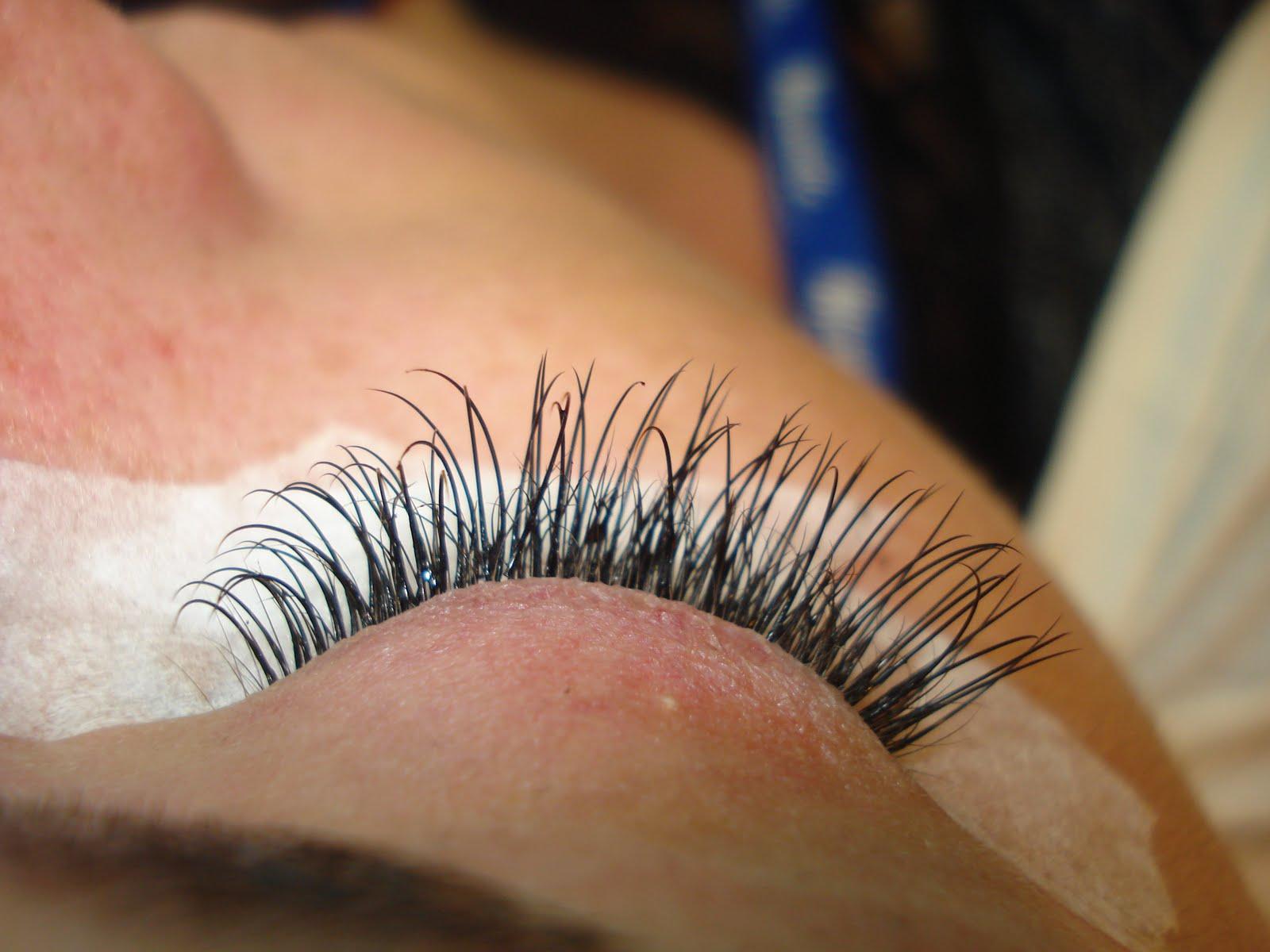 Beautylicious: Individual Eyelashes
