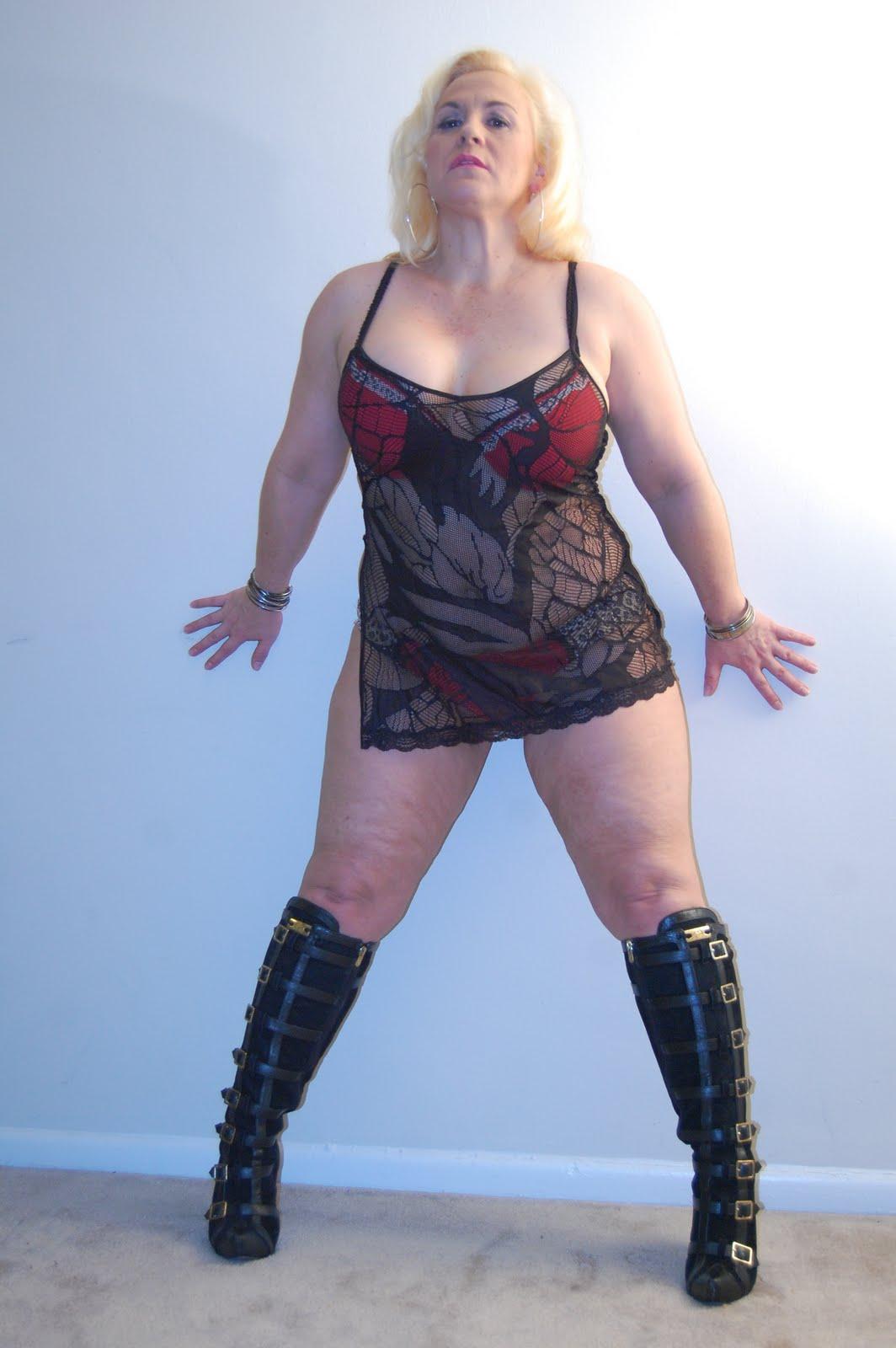 Wife with big beautiful breast 8