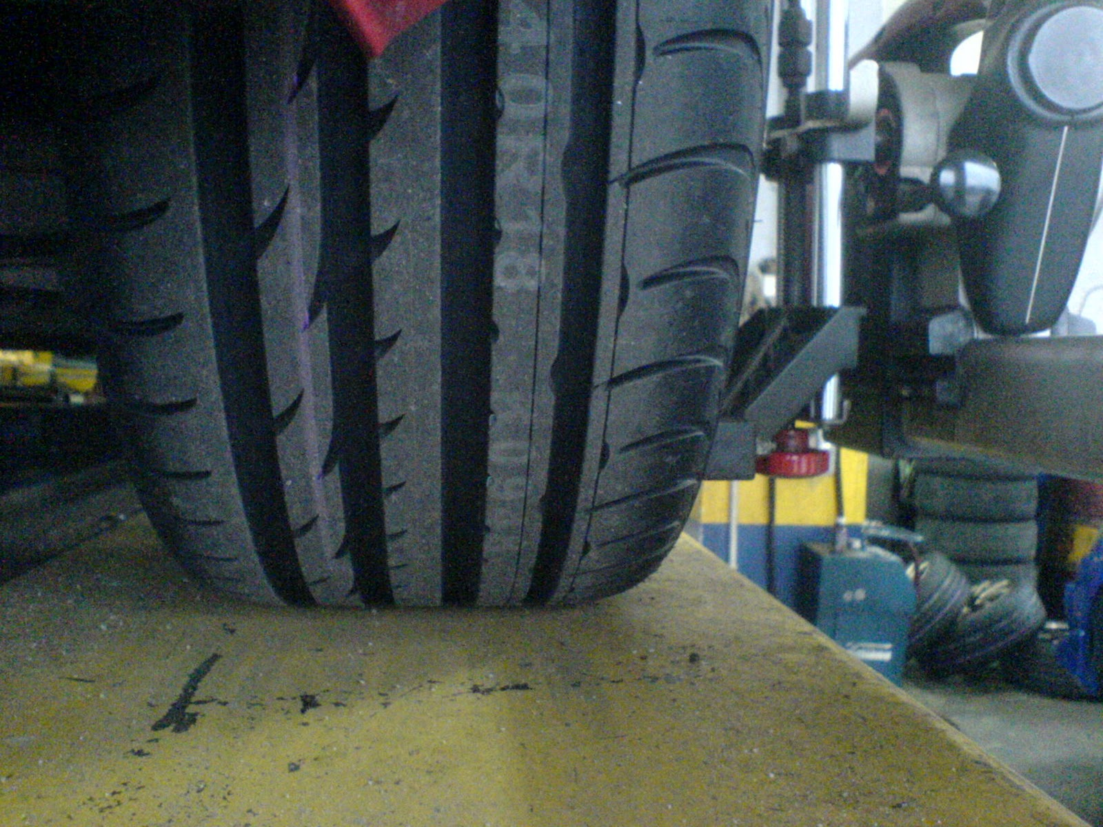 Nexen Tires Reviews >> Motoring Malaysia My Review On The Nexen N8000 Tire Is Out