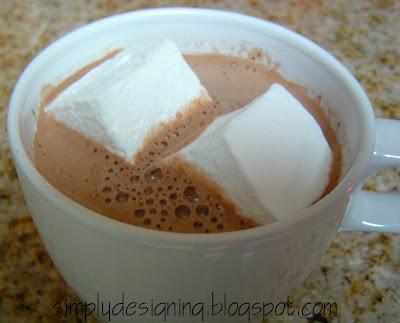 Marshmallows+in+hot+choclate Homemade Marshmallows 9