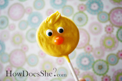 oreo chick 4 Oreo Cookie Pops Feature 12
