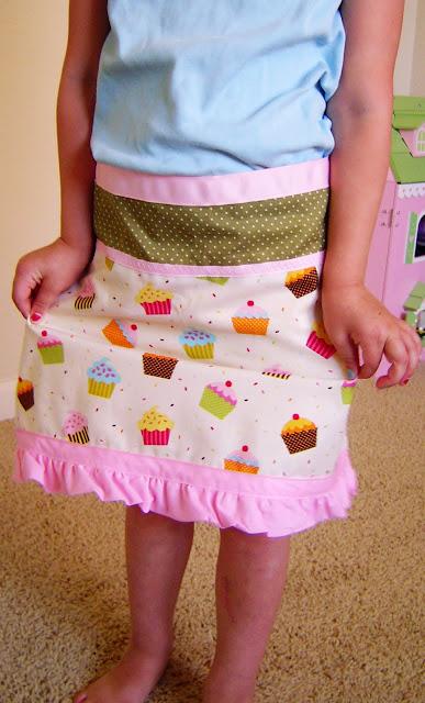 cupcake+apron+02 Cupcake Apron 9