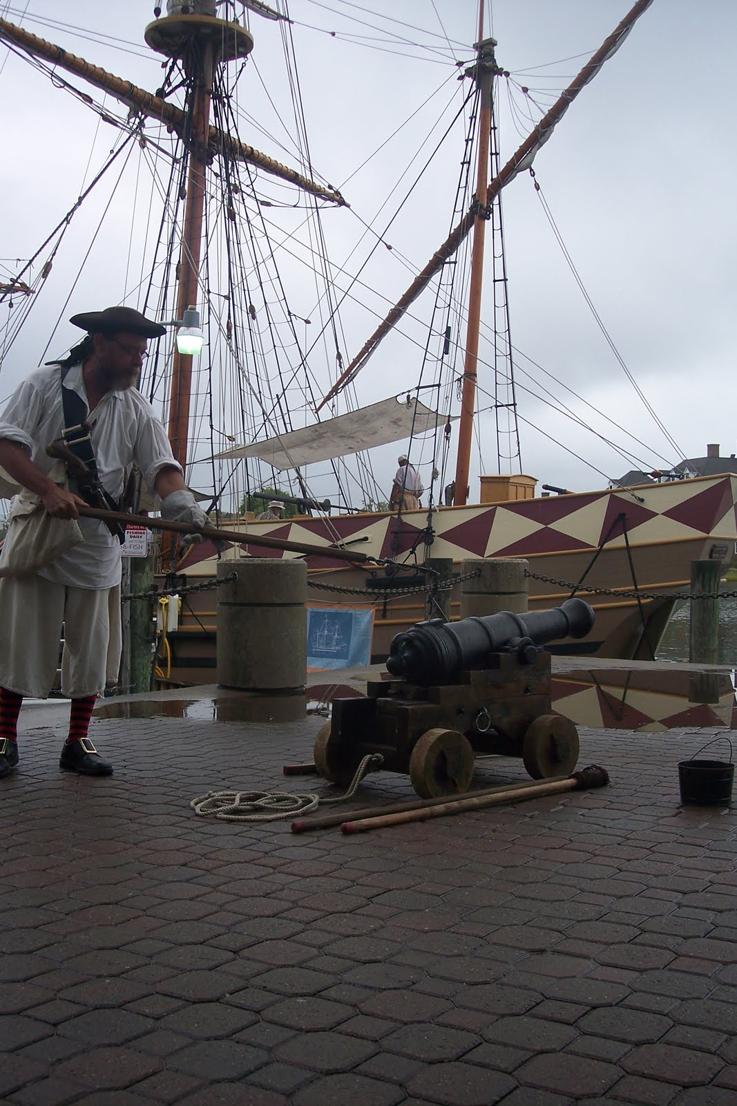 COLONIAL SEAPORT FOUNDATION: Hampton Bay Days